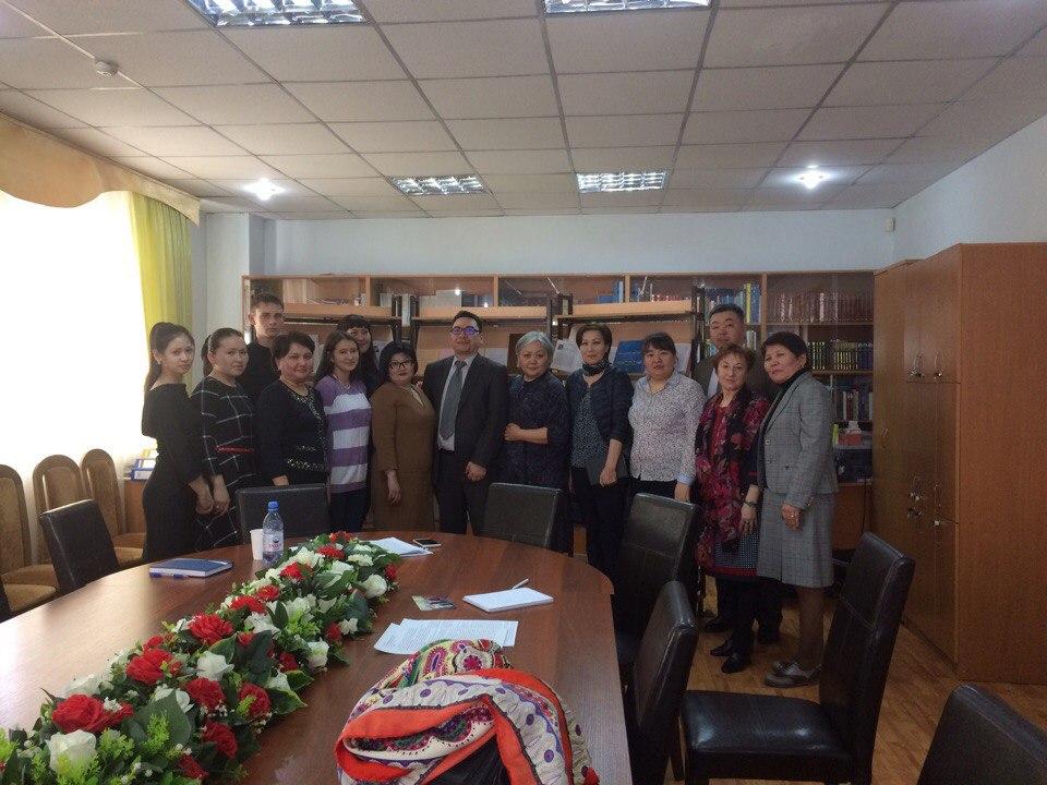 Астаналық мұрағаттағы зерттеушілермен кездесу